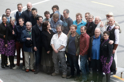 "deanogorman-daily:  The Hobbit Cast & Crew arrive in Wellington for World Premiere of ""The Hobbit: An Unexpected Journey"""