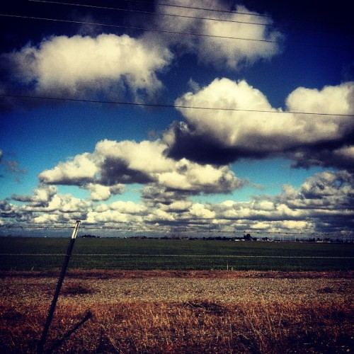 only1lov:  Patchy sky #sky #instagram #iphone #photography #weekend #sacramento #beautiful
