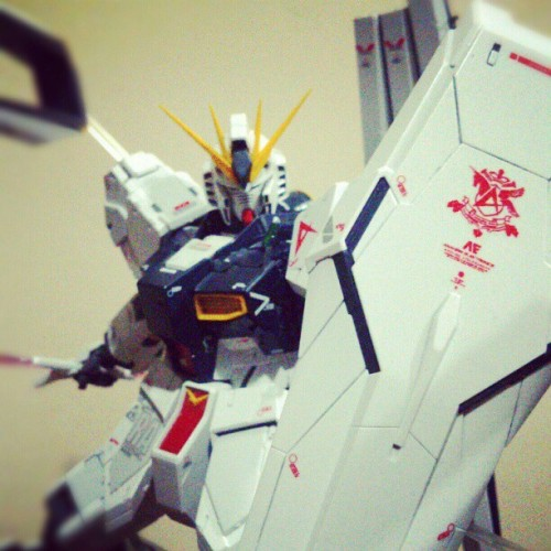 I can't seem to stop uploading these picture.. :p #gunpla #gundam #nu #mastergrade #katoki #plamo #bandai #shield #funnel #beam #saber