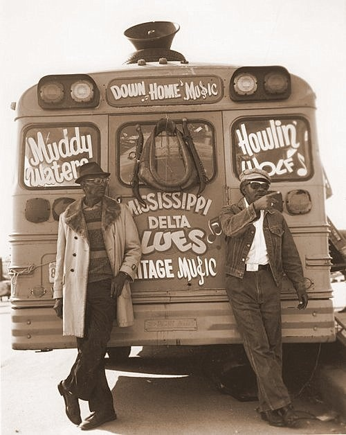 brideoffrank:  Muddy Waters and Howlin' Wolf Bus Tour