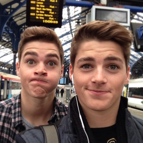 voguewhispered:  finnharries:  We just arrived in Brighton! #seasidefun  Da cuties