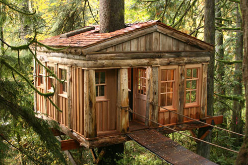 Temple of the Moon Treehouse Lodge, Seattle, Washington   photo via treehousepoint