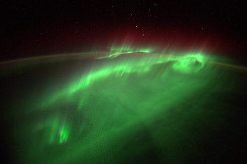 astroperlas:  Auroras vistas desde la ISS por Alexander Gerst (ESA).