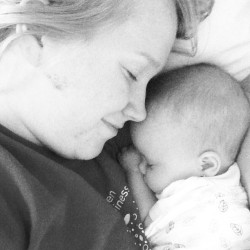 The sweetest thing. #baby #mommydaughter #mommyclub #newmom #lovehome #love #precious