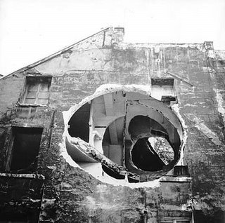 internetstateofmind:  Gordon Matta Clark