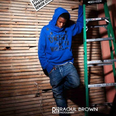 #constructionsite #onelight #ty #raoulbrownphotography #dieselhoodie #hoodie @http://raoulbrown.com @raobrown @stylishgirls2 (at http.//raoulbrown.com/blog)