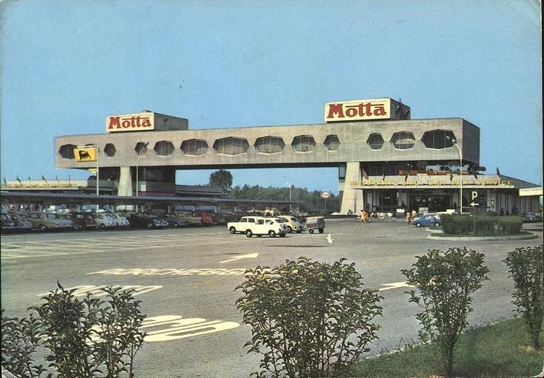 A Motta restaurant on the motorway between Milan and Venice