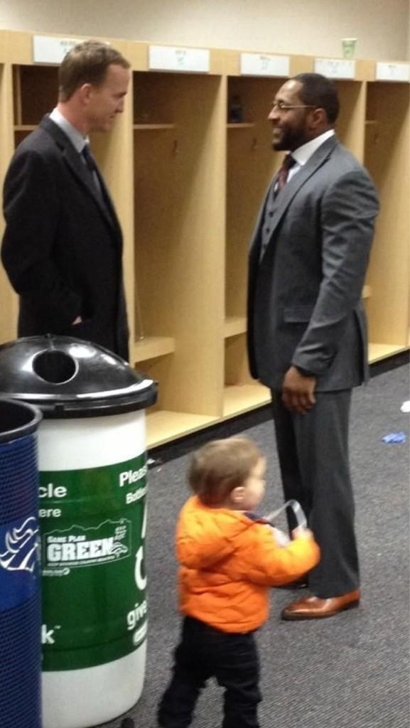 Peyton Manning - Peyton Manning and his son visit Ray Lewis in the Ravens locker room. Class act.