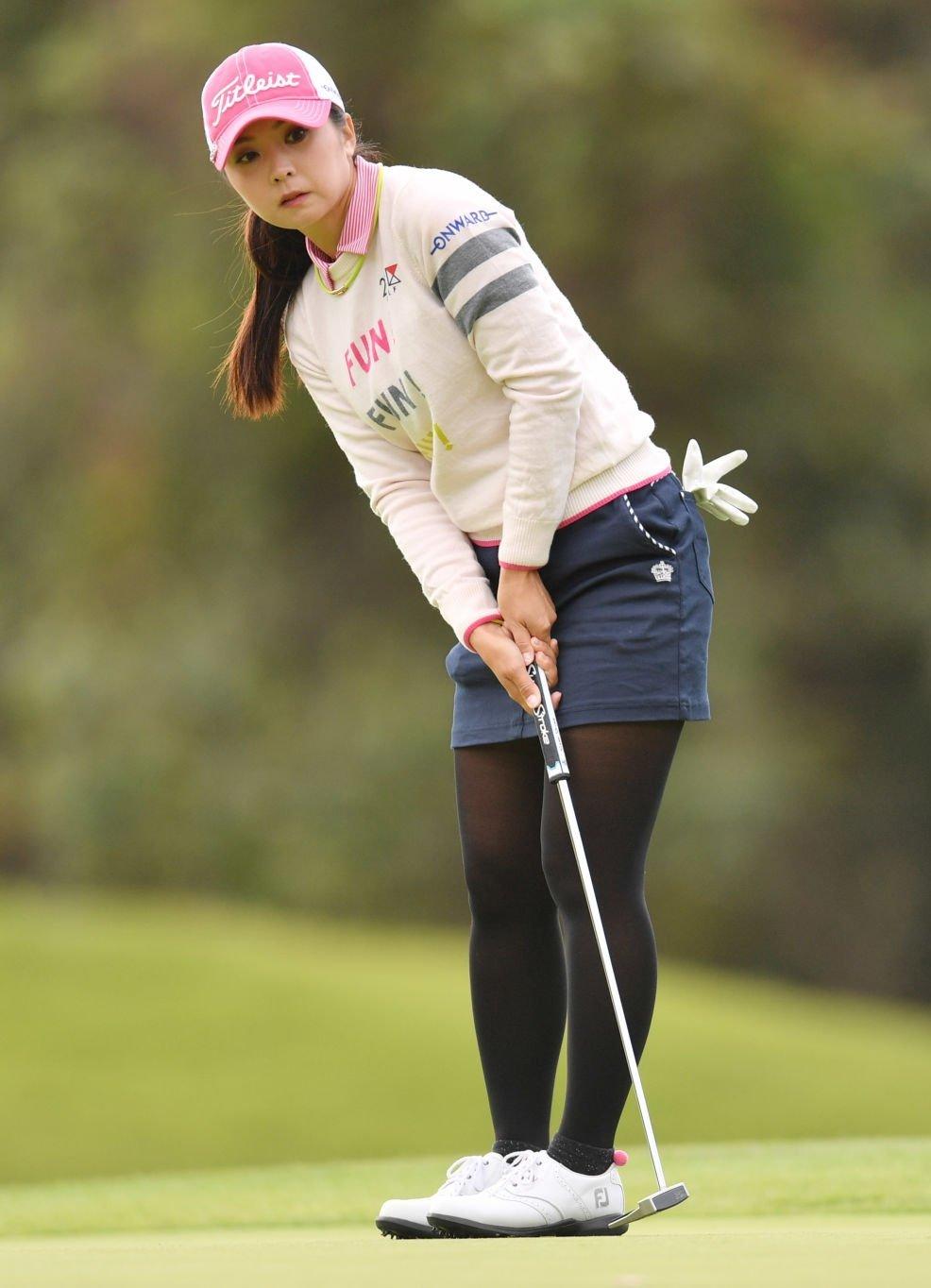 LPGA Tights | Women golfers, Chuck taylor sneakers, Great