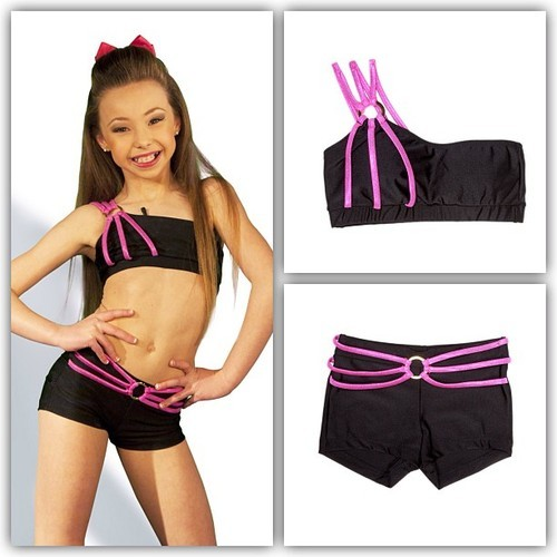 dance-moms-fashion:  Info on Sophia's dancewear can be found here.  The picture is new, and a lot of you usually like new pictures, so I figured I might post it :)