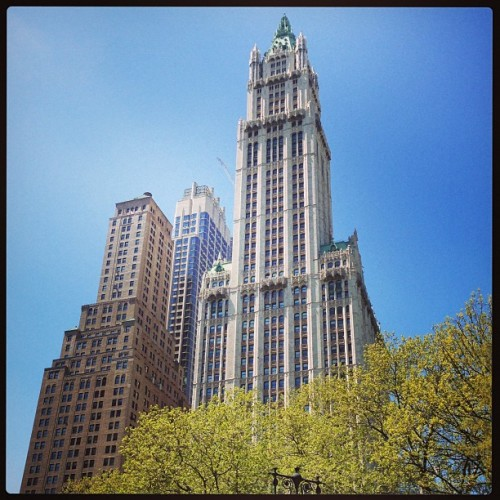Nothing beats NY on a beautiful spring day! (at Pace University - New York City Bookstore)
