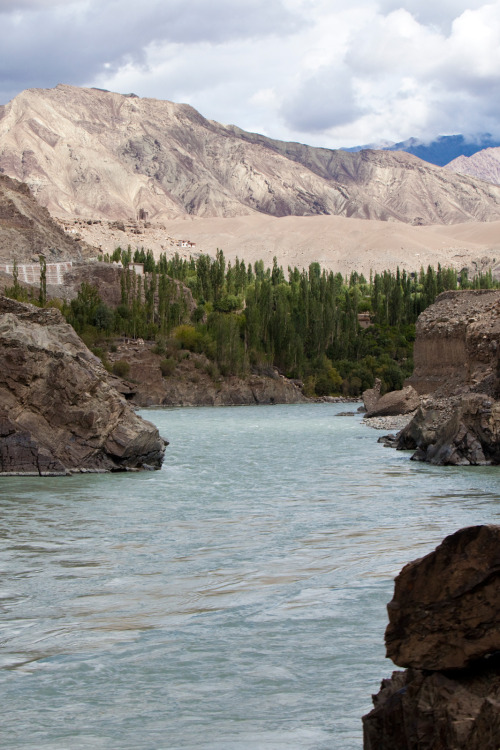 mvnchies:  Indus River by St Bios