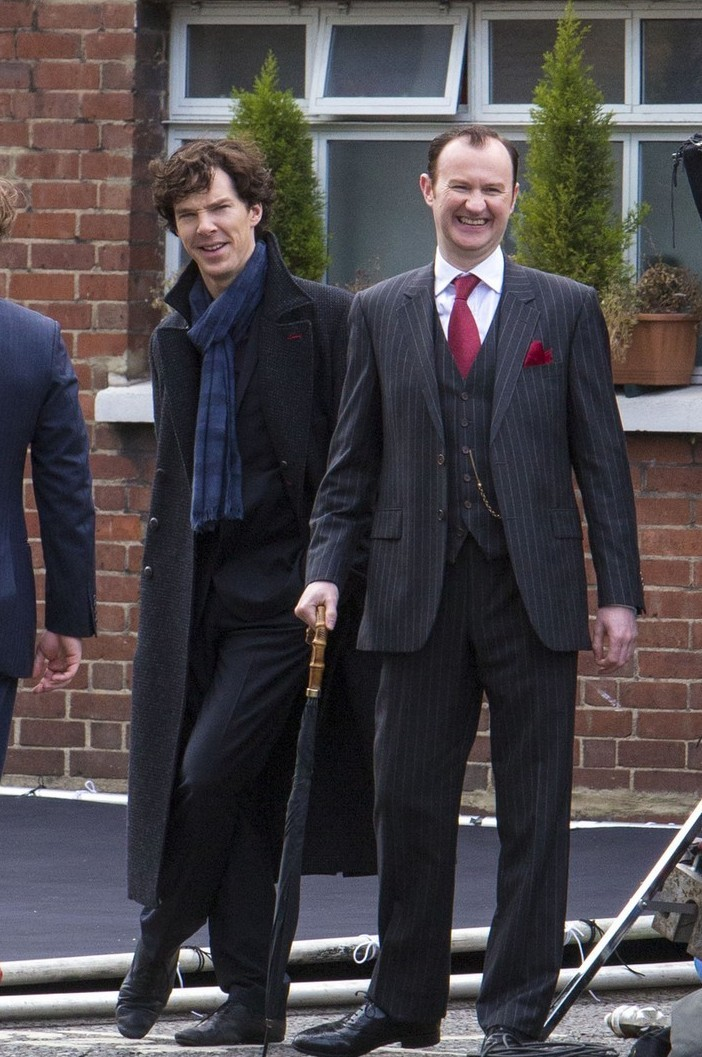 fuck-yeah-cumberbatch:  Benedict and Mark at Sherlock series 3 set
