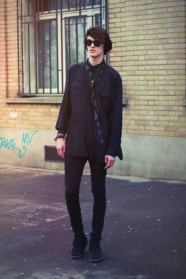 lookbookdotnu:  King night  (by Florentin Glémarec)
