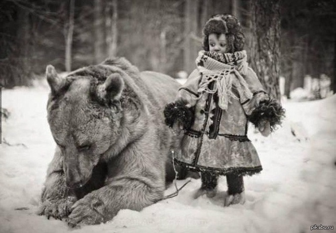 constantwanderlust:  The girl and her bear