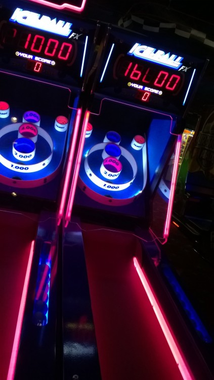 win my heart thru skiball glow glow aesthetic red glow pink glow purple glow blue glow neon arcade dark grunge skiball photo reblog