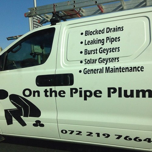 I think if u take dumps the size of hockey balls…plumbing should be the least of yo concerns #southafricant #caradvert #intraffic #JusSaying #seeninmorningtraffic #jhb @sphectacula @biylee @arnymkhize @trevorgumbi
