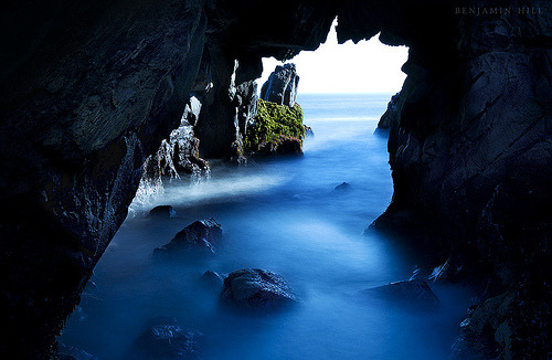 Sea Cave, Big Sur, California photo via mountain