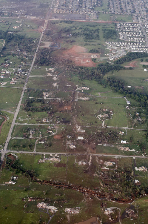 leohighland:  This aerial photo shows the remains of homes hit by a massive tornado in Moore, Oklahoma, on May 20, 2013.(AP Photo/Steve Gooch) http://www.theatlantic.com/infocus/2013/05/photos-of-tornado-damage-in-moore-oklahoma/100518/