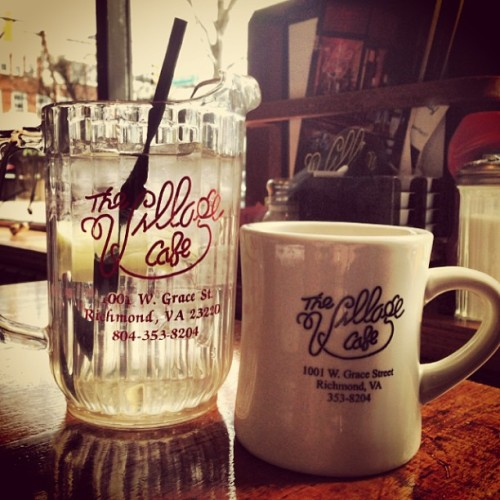 Breakfast at the Village Cafè with @4shann #coffee #breakfast #morning #mmm #rva #richmond  (at The Village Cafe)