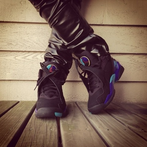 phuckindope:  Aqua 8s