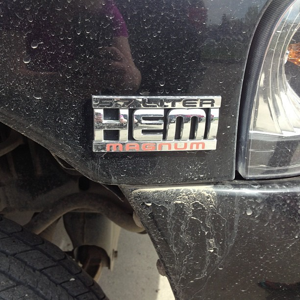 "dontbackup—dontbackdown:  ""Is it even a hemi?"""