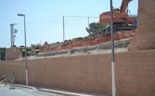 Muro campo fútbol Monóvar fútbol Obras en el campo de fútbol de Monóvar finalizarán en septiembre tumblr n9kdz6HYHp1thn0g0o1 500