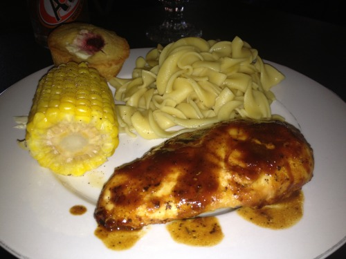 Baked BBQ chicken, corn-on-the-Cobb, egg noodles and corn bread muffin!
