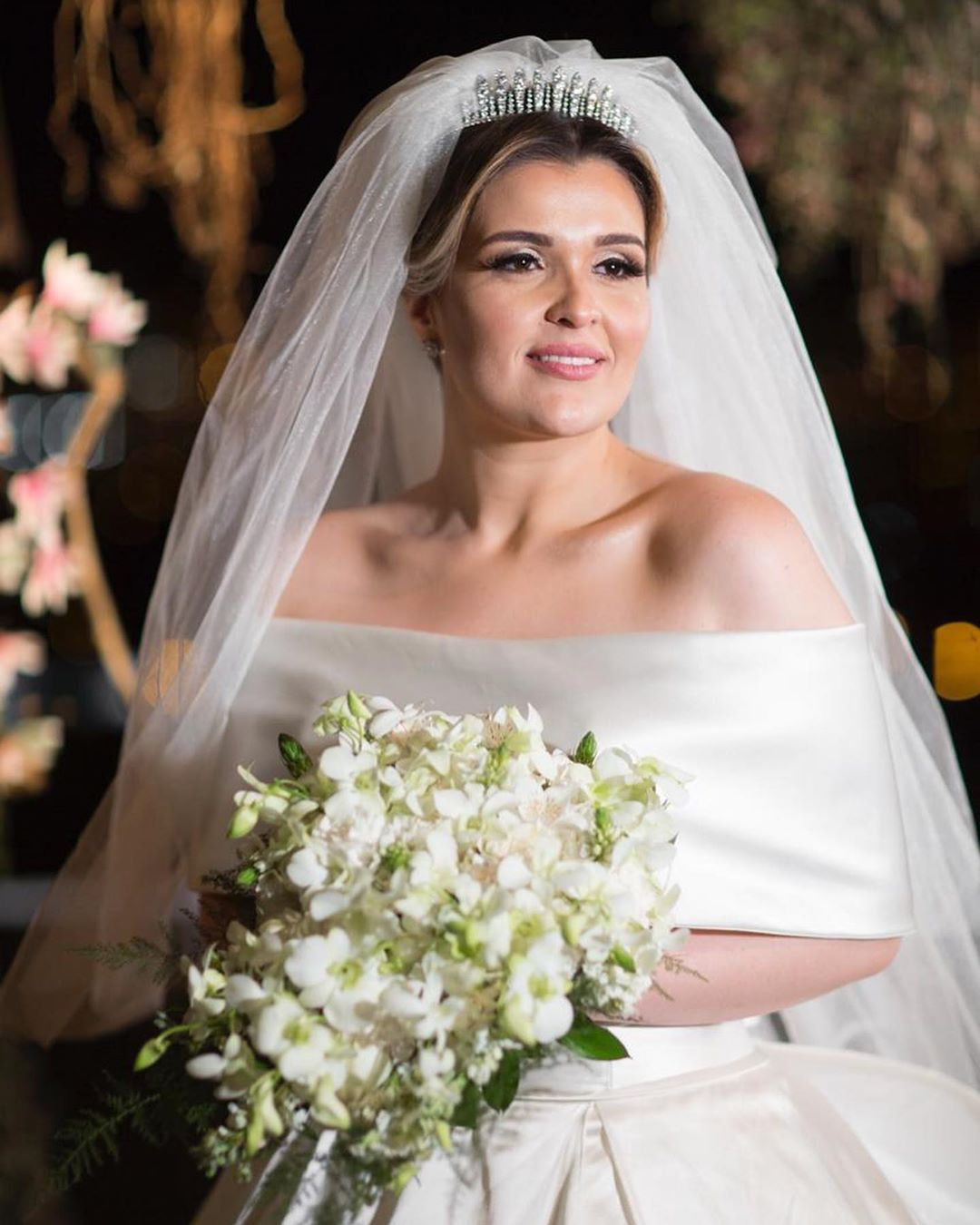 A crossdresser who loves shiny wedding gowns — Paula, Real