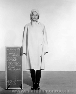 theniftyfifties:  Marilyn Monroe costume test for 'Niagara', 1953.