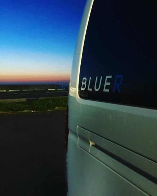 BLUER号がゆく
