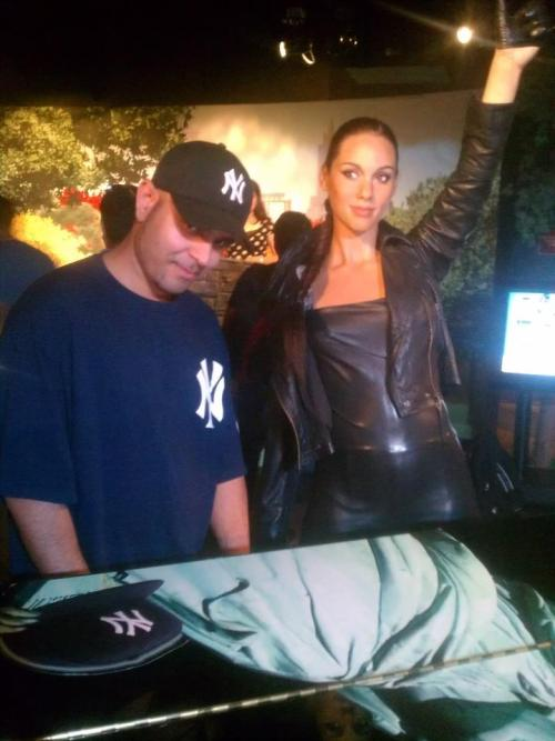 Posin with the Alicia Keys Wax Figure at Madame Tussauds NYC
