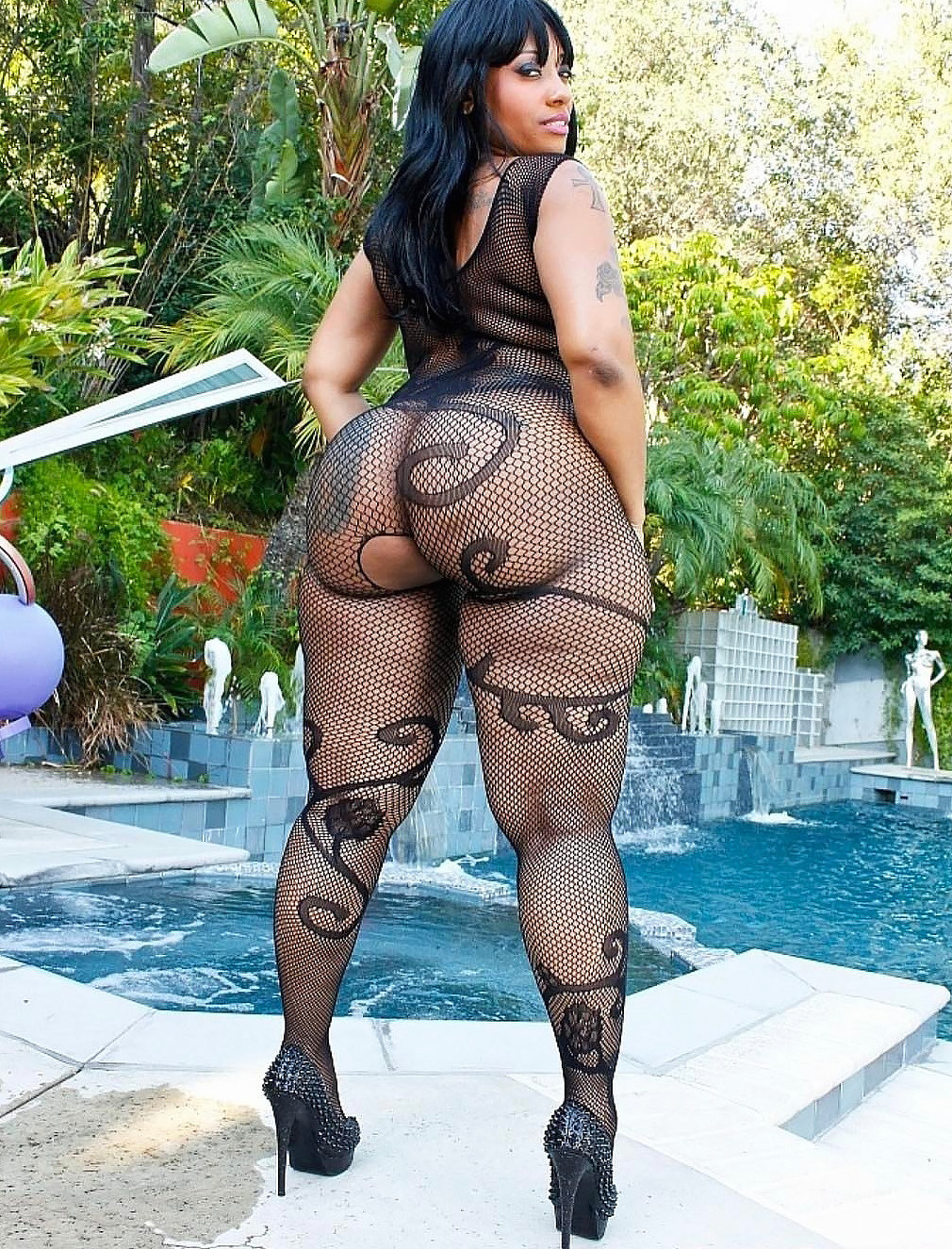 Kyros christian gay porn sexy black widow  black free ebony big boobs black