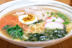 ileftmyheartintokyo:  Kata Ramen - Kata Robata Sushi & Grill by Michael Shum on Flickr.