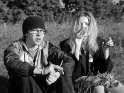 Black and White indie Grunge skins Alternative Skins UK cassie skins Cassie and Sid skins cast