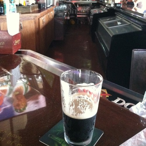 Bar beer beer bar #guiness #guinessbeer how I miss u at #hooters #hootersdoral