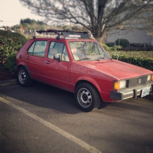 Really going to miss you <\3 💔 #rabbit #vw #volkswagen #mk1 #4door #rack #nicerack #yakima #cups #stock #mylove :(