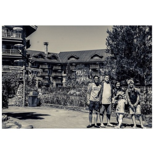 Family photo.  (at The Manor Camp John Hay)