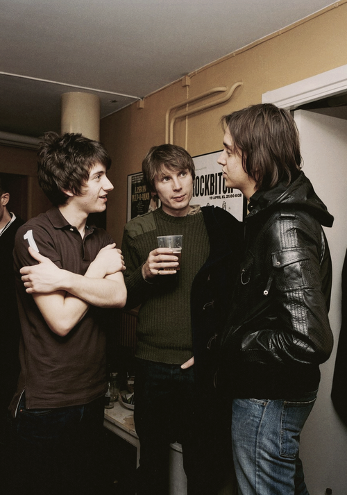 thatcoolbandpic:  Alex Turner, Alex Kapranos and Julian Casablancas