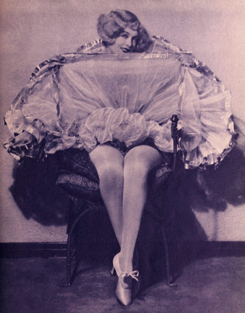theloudestvoice:  Phyllis Haver for Sal of Singapore, 1928