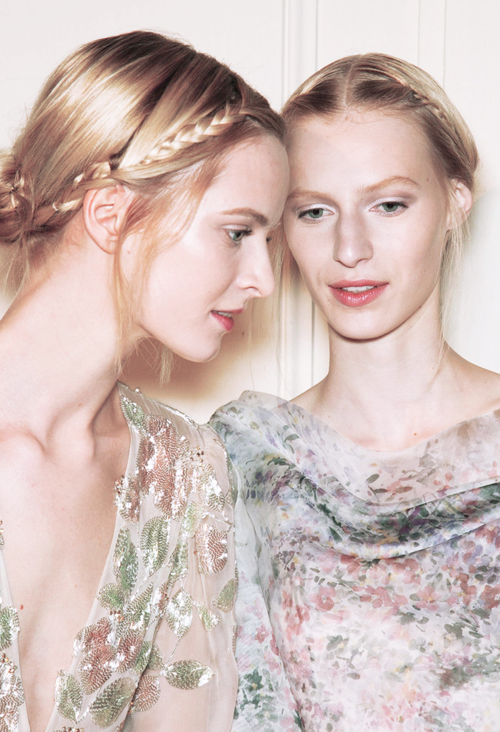 daria strokous and julia nobis backstage at valentino couture spring 2013