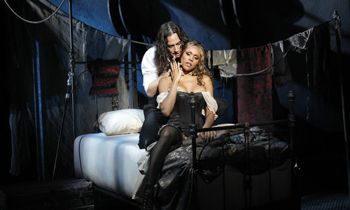 Constantine Maroulis as Edward Hyde and Deborah Cox as Lucy in JEKYLL & HYDE.