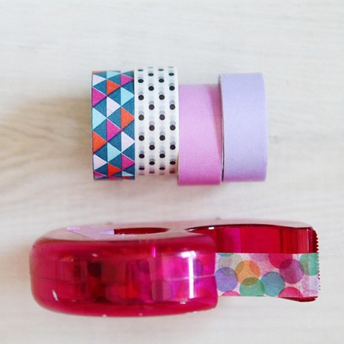 Favorite washi set as of the moment 😊 Sent out the blog giveaway prizes using these 🎉 #washi #colors #triangle #polkadots