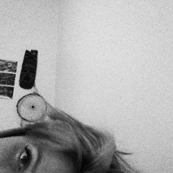 #strange #strangemoment #self #me #oslo #girl #face #eye #hair #bedroom #home #bored #abstract #norge #norway #scandinavian #lazy