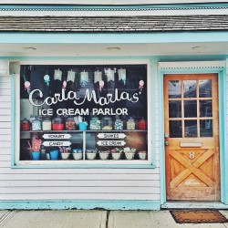thecollegeprepster-the-cutest-ice-cream-shop