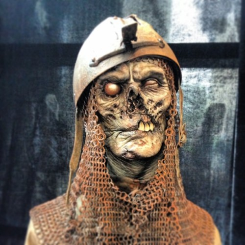 A zombie crusader…a nice creepy sculpture from Monsterpalooza. #zombie #monsterpalooza #monsterpalooza2013 #artwork #beast #knight #conceptart #creepy #character #creative #horror #hollywood #terror #sculpture #scary #monster #ugly #gross #undead #igforlife  (at Burbank, California)
