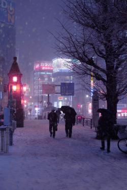snow photography anime japan kawaii beautiful city tokyo city lights nature sunset city photography Asia Shinjuku nature photography nightlife japan photography akihabara snow photography tokyo photography asia photography japan sunset tokyo nightlife