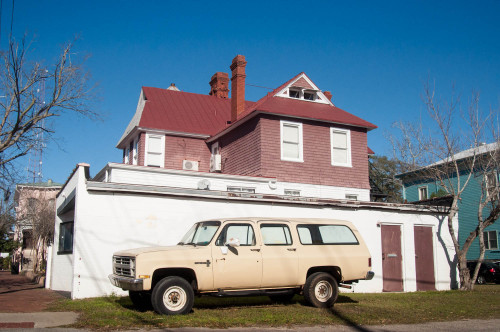 This old Suburban captivated me yesterday, something about it.  Savannah, GA.