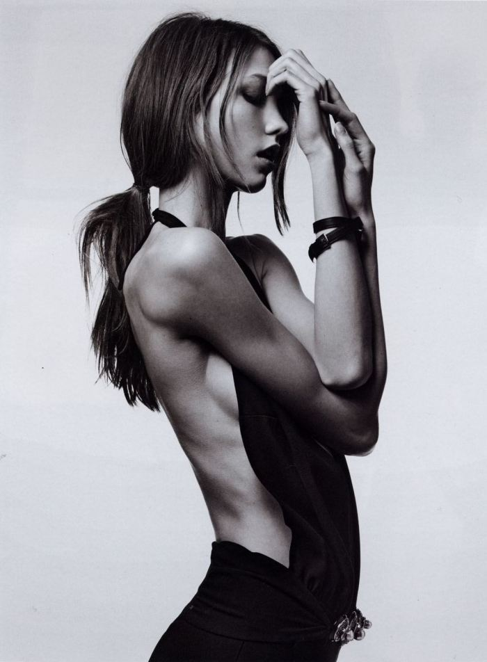 iluvskinnybitches:  karlie kloss