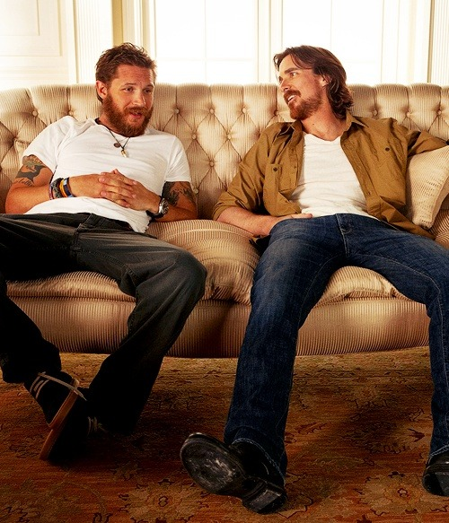 Batman co-stars Christian Bale & Tom Hardy!